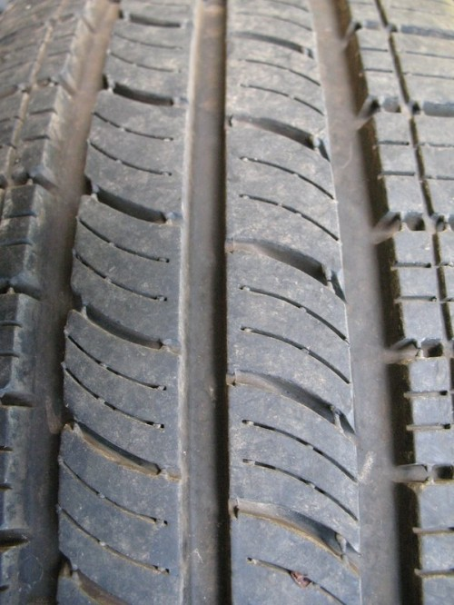 Tire by Kittonstock